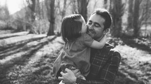 Regalos para padres, sorpréndele con un recuerdo